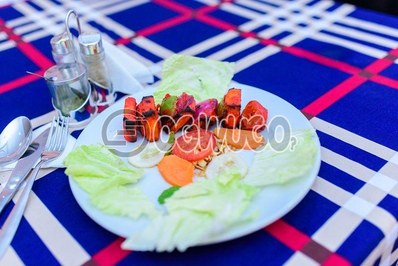 PANEER TIKKA ( INDIAN FOOD)