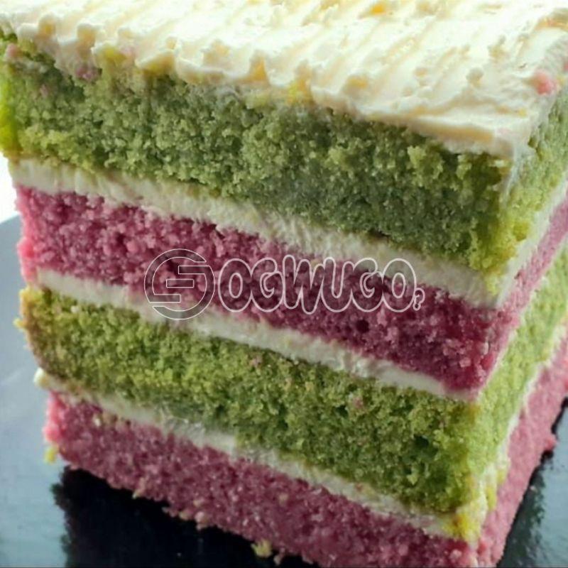 4 layers Lemon & Strawberry Cake